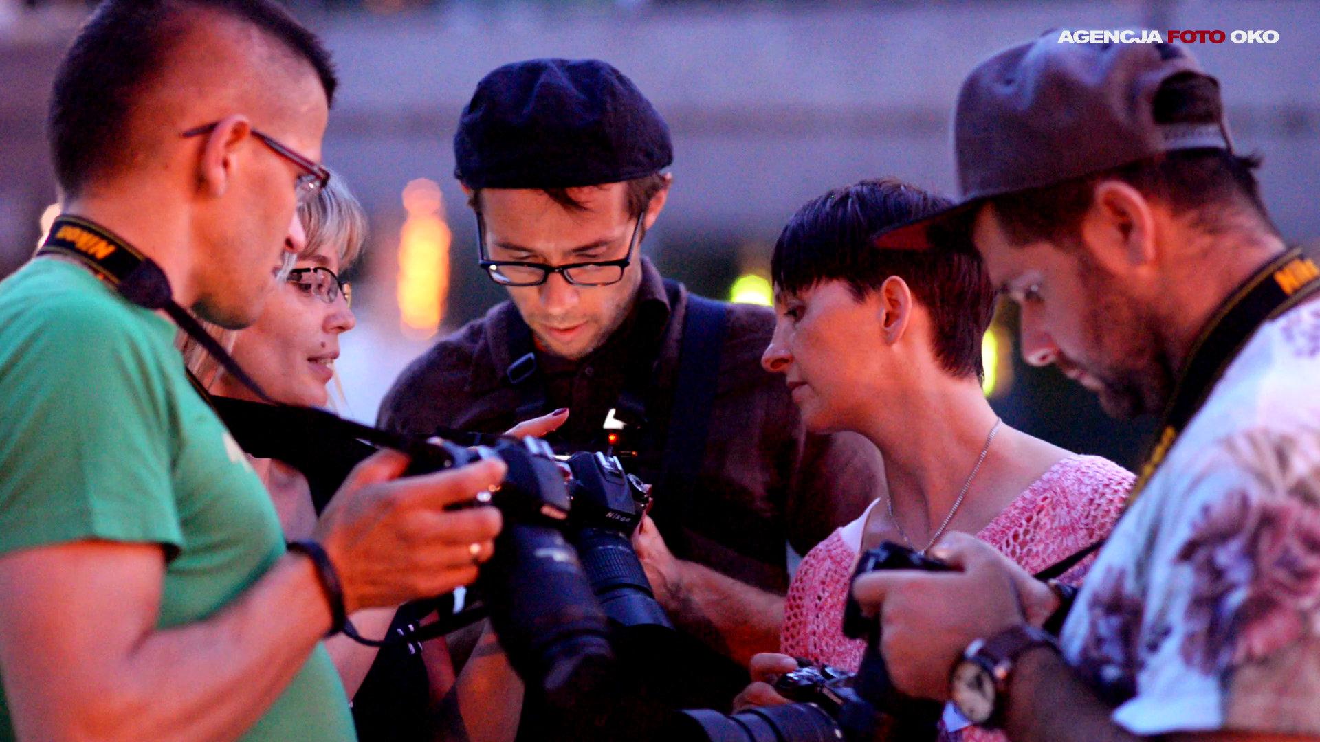 Warsztaty fotografi ślubnej. Jak fotografować w plenerze. 21 technik aby przeżyć ten dzień