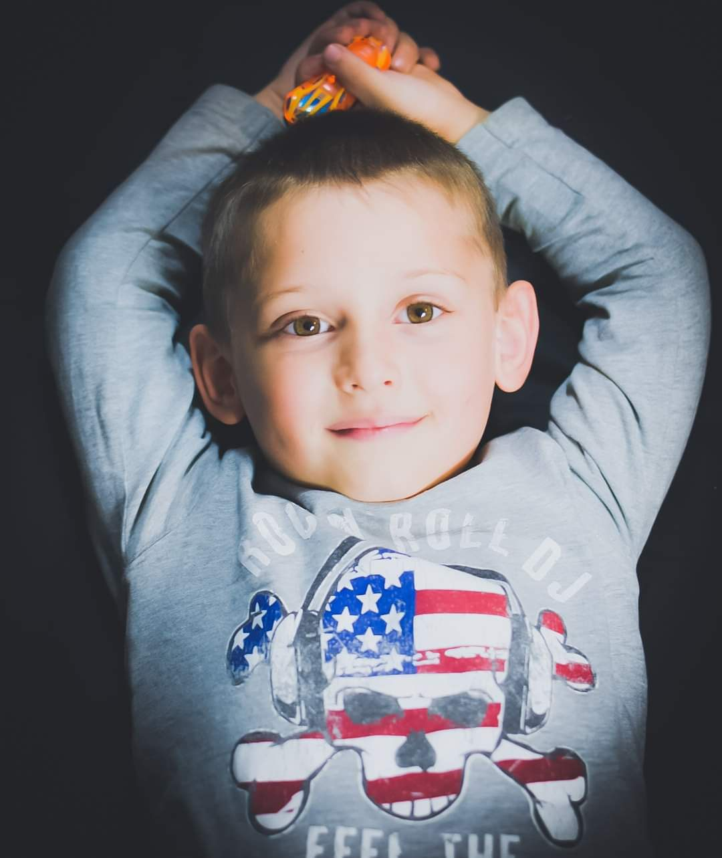 Portrety dziecięce. Wyróżnienia prac fotograficznych uczestników spotkań na żywo. 335 Kursy i 315 AFO